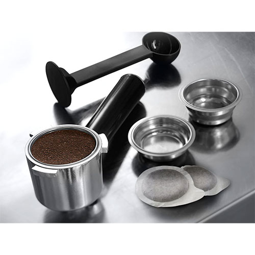 delonghi-coffee-machine-ce685m